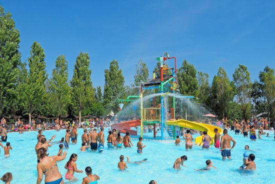 Waterpark with Filtration Systems